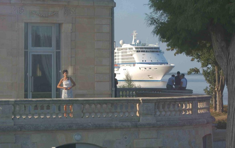 golf-expedition-golf-reizen-frankrijk-regio-aquitaine--bordeaux-chateau-grattequina-cruise-schip-balkon.jpg