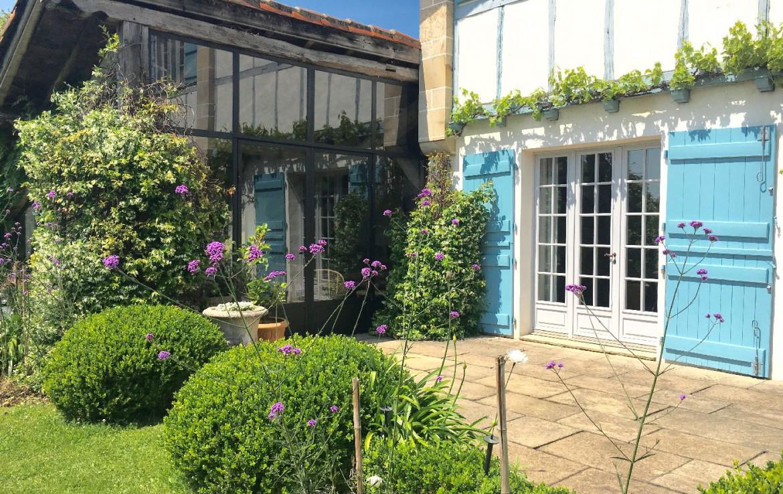 golf-expedition-golf-reizen-frankrijk-regio-biarritz-les-voles-blue-tuin-appartement.jpg