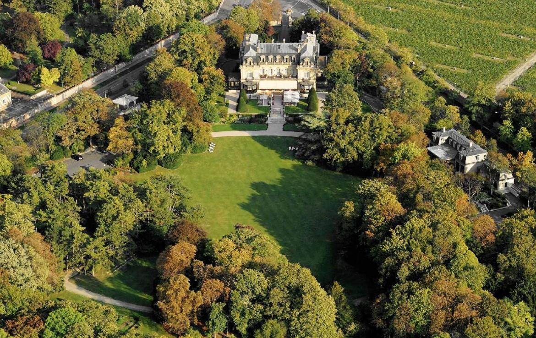 golf-expedition-golf-reizen-frankrijk-regio-champagne-domaines-les-crayeres-drone-accommodatie