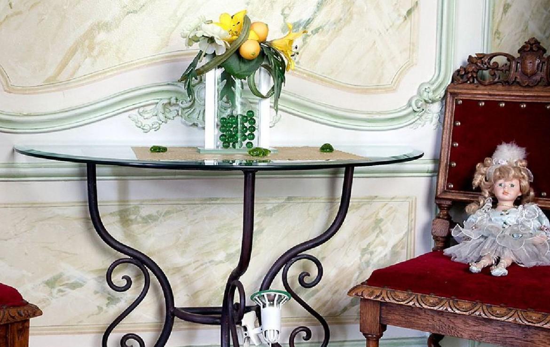 golf-expedition-golf-reizen-frankrijk-regio-champagne-grand-hotel-des-templiers-klassieke-tafel-stoel.jpg