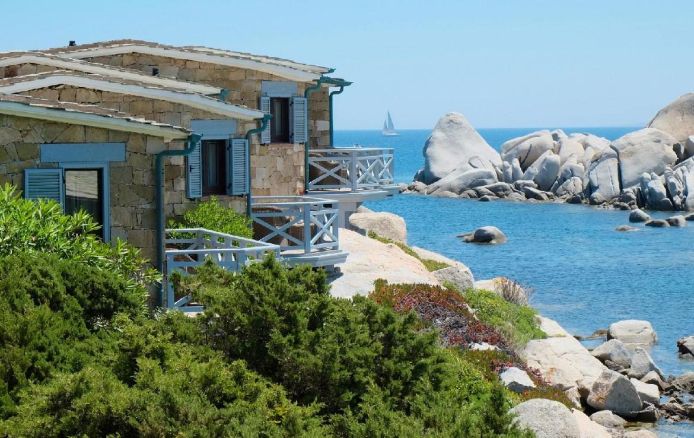 golf-expedition-golf-reizen-frankrijk-regio-corsica-hotel-en-spa-des-pecheurs-appartementen-zee-rotsen