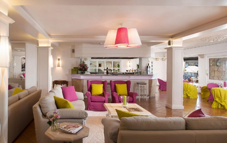golf-expedition-golf-reizen-frankrijk-regio-corsica-hotel-en-spa-des-pecheurs-bar-lounge
