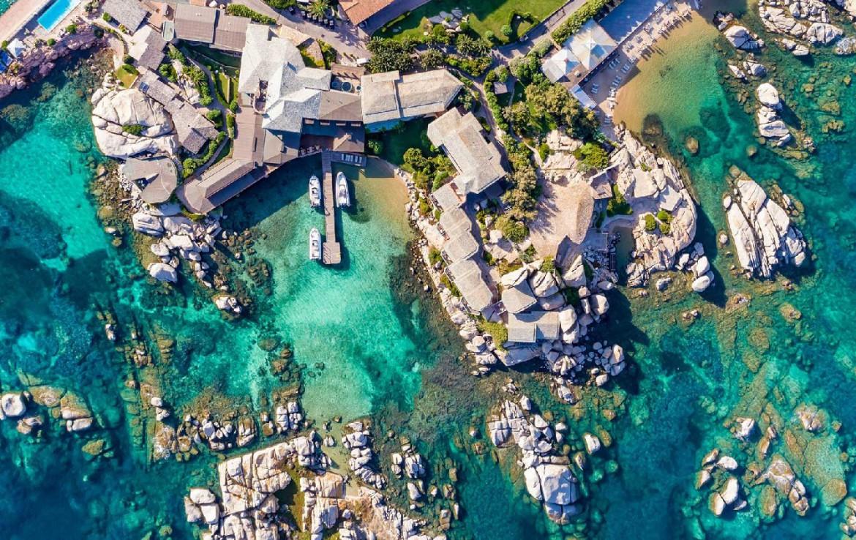 golf-expedition-golf-reizen-frankrijk-regio-corsica-hotel-en-spa-des-pecheurs-drone-accommodatie