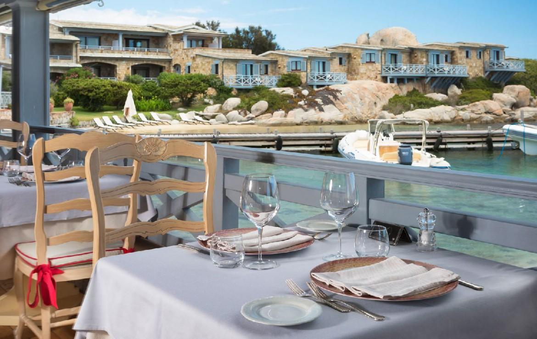 golf-expedition-golf-reizen-frankrijk-regio-corsica-hotel-en-spa-des-pecheurs-restaurant-aan-strand-appartementen