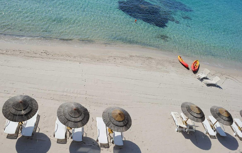golf-expedition-golf-reizen-frankrijk-regio-corsica-hotel-le-pinarello-drone-strand