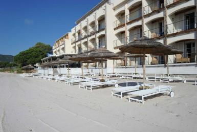 golf-expedition-golf-reizen-frankrijk-regio-corsica-hotel-le-pinarello-prive-strand-hotel