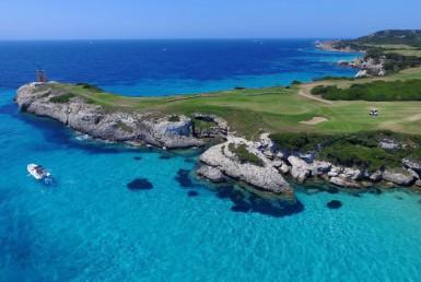 golf-expedition-golf-reizen-frankrijk-regio-corsica-hotel-u-capu-biancu-zee-met-golfbaan