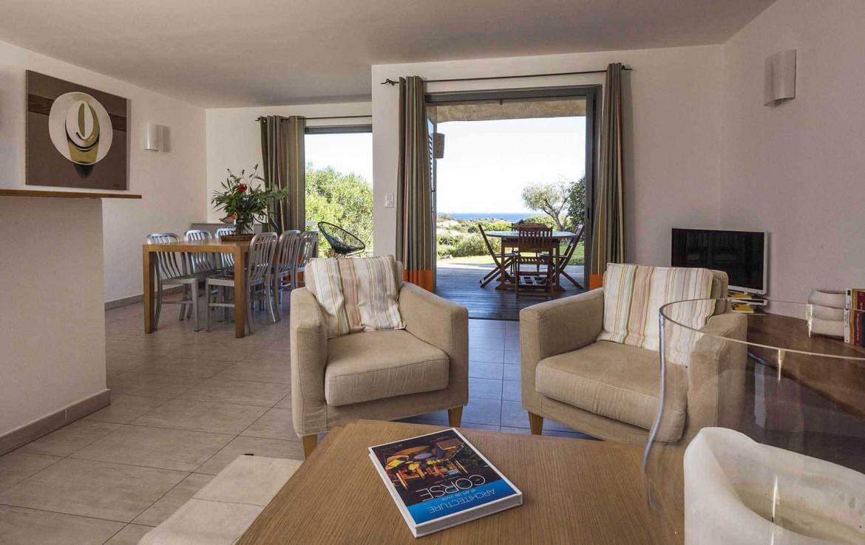 golf-expedition-golf-reizen-frankrijk-regio-corsica-residence-santa-giulia-palace-appartement-woonruimte