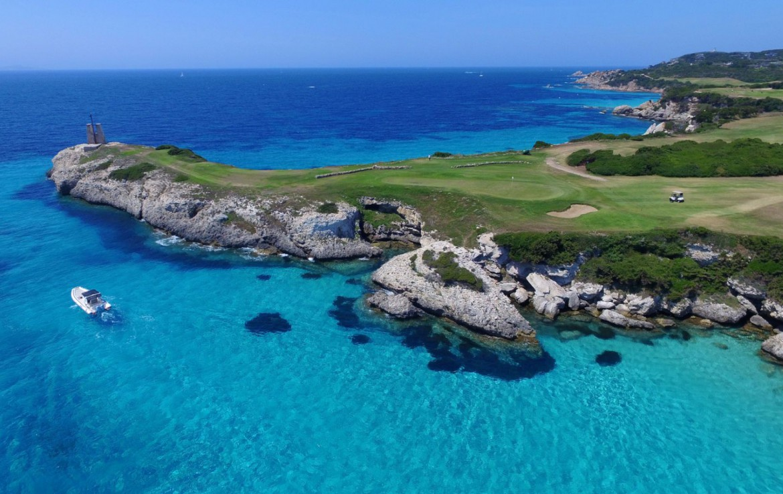 golf-expedition-golf-reizen-frankrijk-regio-corsica-residence-santa-giulia-palace-green-fairway-zee-jacht-golfbaan