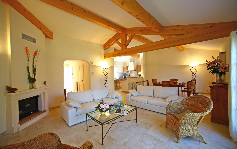 golf-expedition-golf-reizen-frankrijk-regio-cote-d'azur-Les-Domaines-de-Saint-Endréol-Golf-en-Spa-Resort-appartement-met-woonkamer