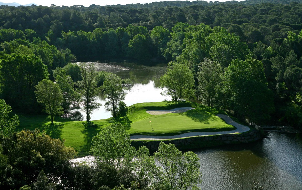 golf-expedition-golf-reizen-frankrijk-regio-cote-d'azur-Les-Domaines-de-Saint-Endréol-Golf-en-Spa-Resort-golfbaan-hole