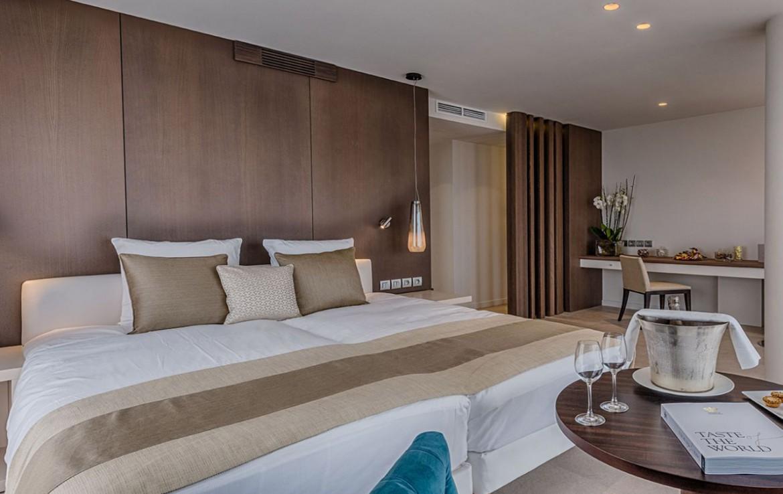 golf-expedition-golf-reizen-frankrijk-regio-cote-d'azur-cap-d'antibes-beach-hotel-oversized-slaapkamer.jpg