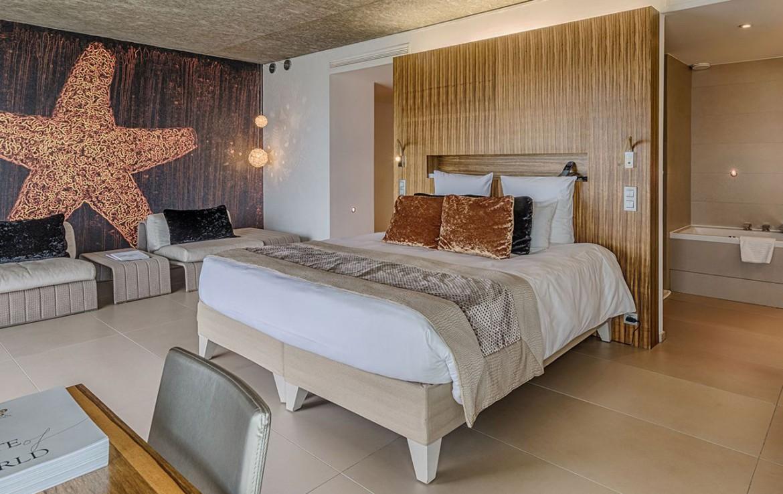 golf-expedition-golf-reizen-frankrijk-regio-cote-d'azur-cap-d'antibes-beach-hotel-slaapkamer-met-badkamer.jpg