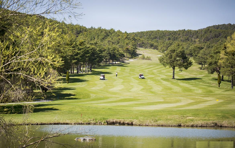 golf-expedition-golf-reizen-frankrijk-regio-cote-d'azur-chateau-de-taulane-golfbaan