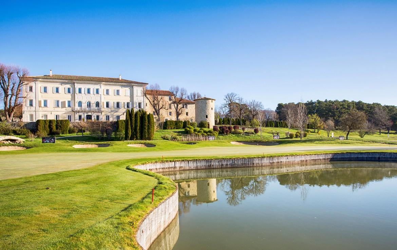golf-expedition-golf-reizen-frankrijk-regio-cote-d'azur-chateau-de-taulane-villa-met-golfbaan