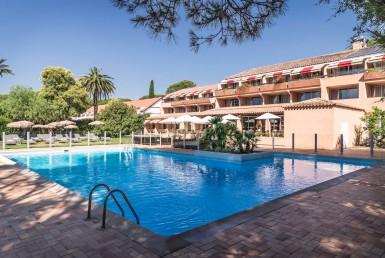 golf-expedition-golf-reizen-frankrijk-regio-cote-d'azur-golf-hotel-de-valescure-hotel-met-zwembad