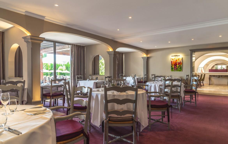 golf-expedition-golf-reizen-frankrijk-regio-cote-d'azur-golf-hotel-de-valescure-restaurant