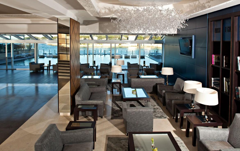 golf-expedition-golf-reizen-frankrijk-regio-cote-d'azur-hotel-ile-rousse-ontvangst-ruimte