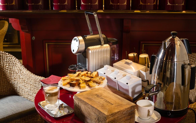 golf-expedition-golf-reizen-frankrijk-regio-cote-d'azur-hotel-le-cavendish-frans-ontbijt
