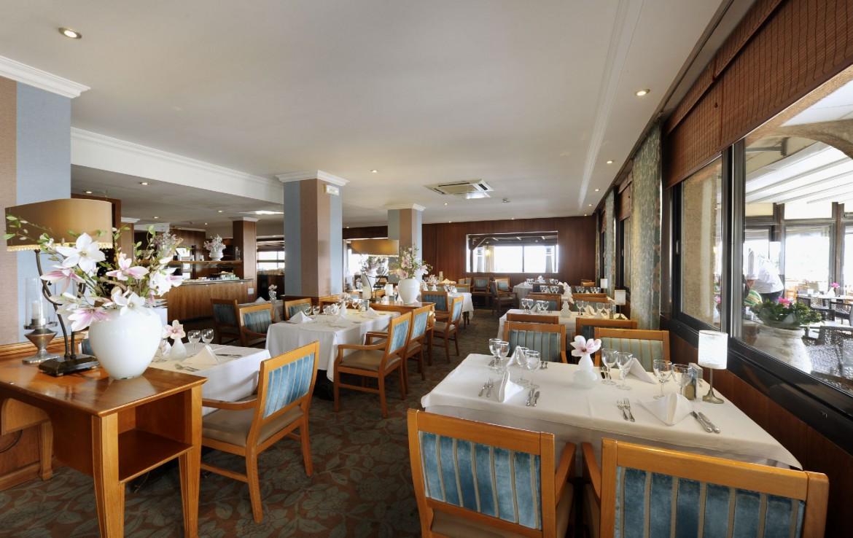 golf-expedition-golf-reizen-frankrijk-regio-cote-d'azur-hotel-saint-augulf-restaurant