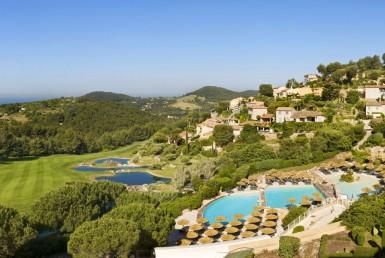 golf-expedition-golf-reizen-frankrijk-regio-cote-dazur-provence-dolce-fregate-golf-resort-resort-in-bergen-zwembad-golfbaan.jpg
