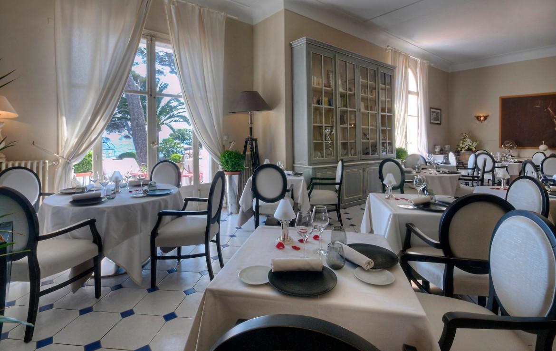 golf-expedition-golf-reizen-frankrijk-regio-cote-dazur-villa-mauresque-ontbijt-ruimte.jpg