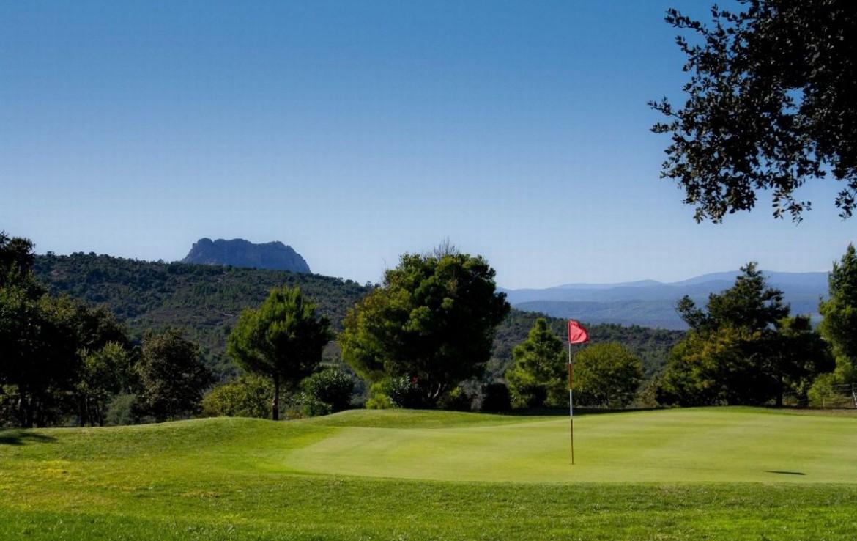 golf-expedition-golf-reizen-frankrijk-regio-cote-d'azur-villa-souvenance-golfbaan-green.jpg