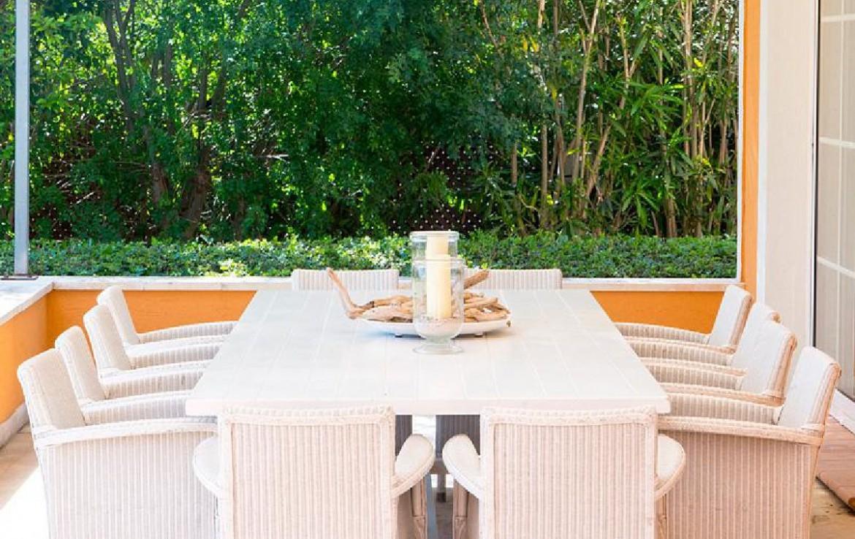golf-expedition-golf-reizen-frankrijk-regio-cote-d'azur-villa-souvenance-tafel-restaurant-buiten.jpg