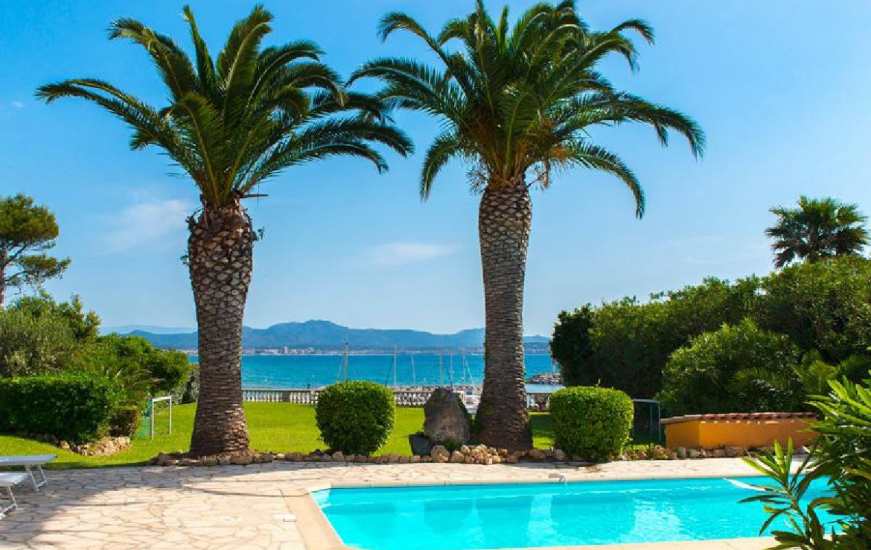 golf-expedition-golf-reizen-frankrijk-regio-cote-d'azur-villa-souvenance-zwembad-uitzicht-op-zee.jpg