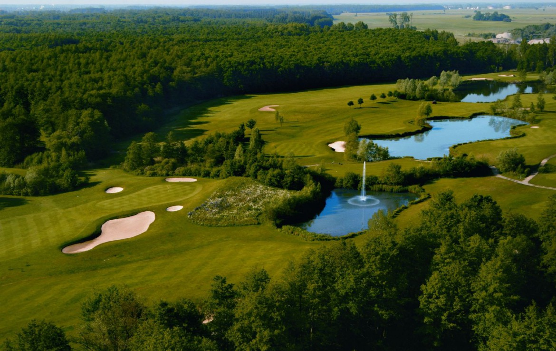 golf-expedition-golf-reizen-frankrijk-regio-elzas-hotel-a-la-cour-d'alsace-golfbanen-met-water-hazard