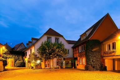 golf-expedition-golf-reizen-frankrijk-regio-elzas-hotel-a-la-cour-d'alsace-hotel-avond