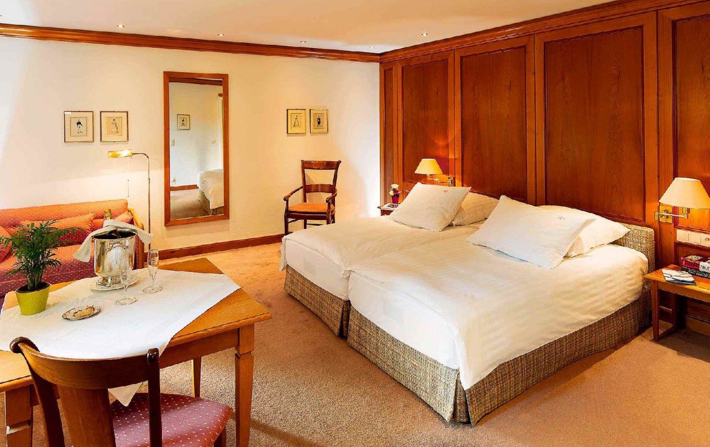 golf-expedition-golf-reizen-frankrijk-regio-elzas-hotel-a-la-cour-d'alsace-slaapkamer-twee-losse-bedden