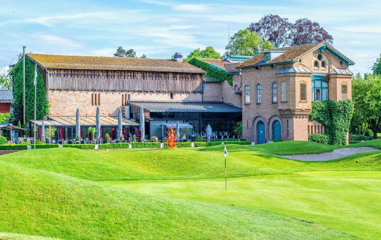 golf-expedition-golf-reizen-frankrijk-regio-elzas-le-kempferhof-golfbaan-gelegen-aan-appartementen.jpg