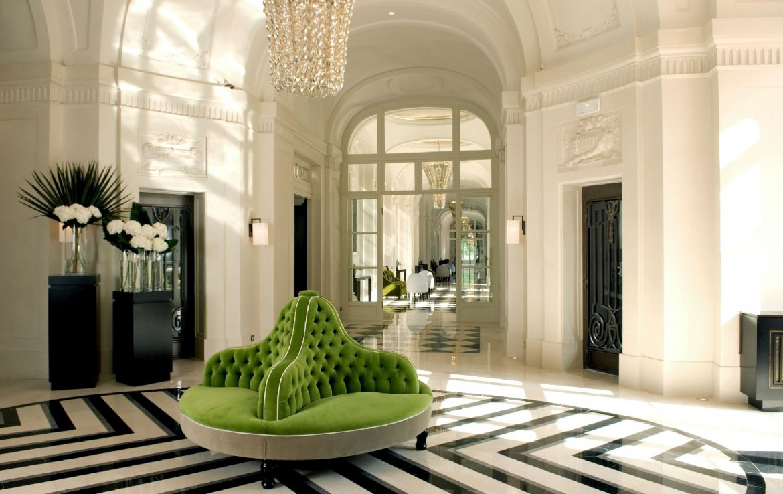 golf-expedition-golf-reizen-frankrijk-regio-parijs-trianon-palace-versailles-lobby.jpg