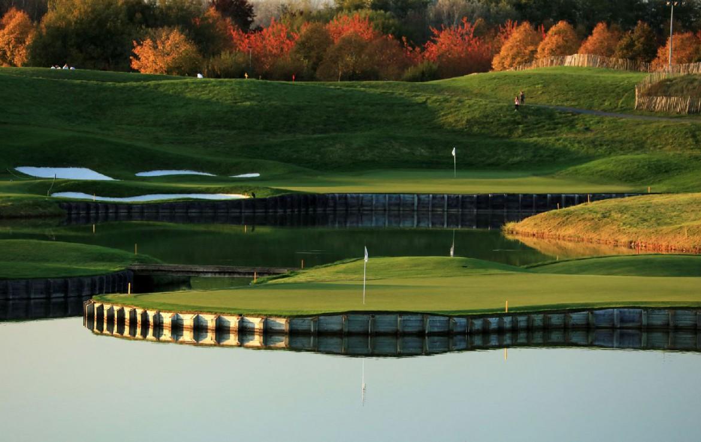 golf-expedition-golf-reizen-frankrijk-regio-parijs-trianon-palace-versailles-water-met-golfbaan.jpg