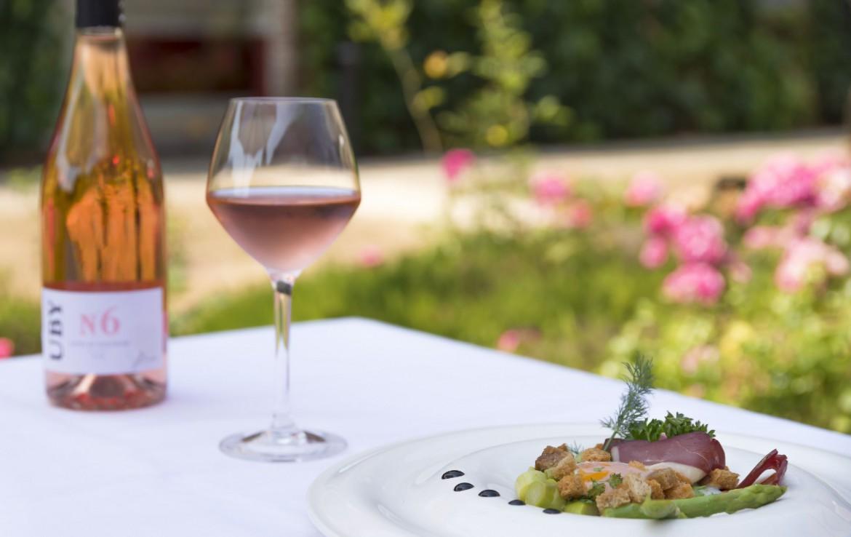 golf-expedition-golf-reizen-frankrijk-regio-pas-de-calais-chateau-tilques-wijn-met-asperges.jpg