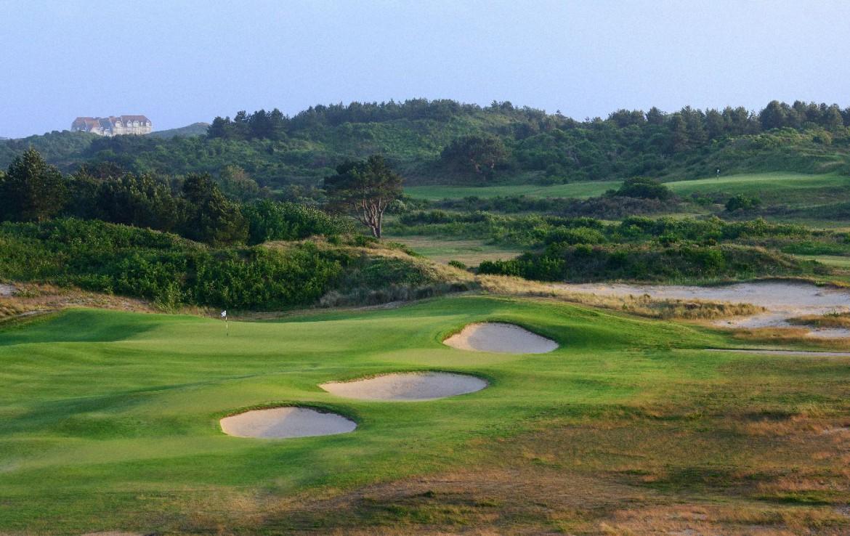 golf-expedition-golf-reizen-frankrijk-regio-pas-de-calais-hotel-barriere-le-westminster-golfbaan-met-bunker-golfbaan-met-drie-bunkers.jpg