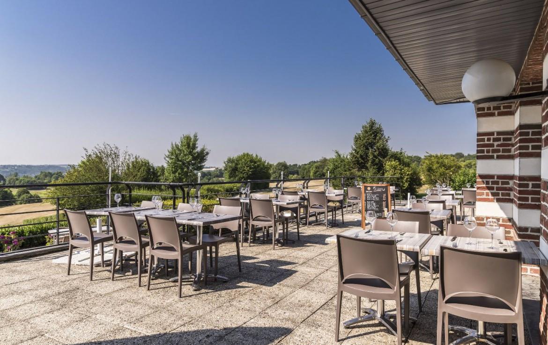 golf-expedition-golf-reizen-frankrijk-regio-pas-de-calais-hotel-du-golf-aa-de-saint-omer-dakterras.jpg