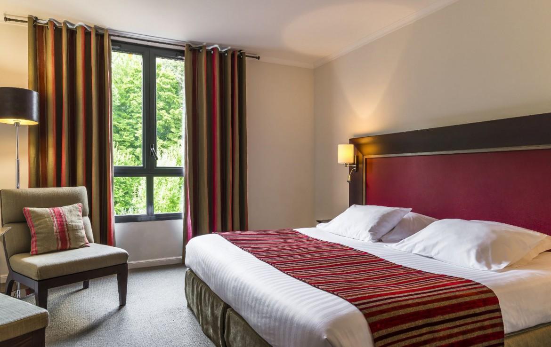 golf-expedition-golf-reizen-frankrijk-regio-pas-de-calais-hotel-du-golf-aa-de-saint-omer-slaapkamer-stijlvol-ingericht.jpg