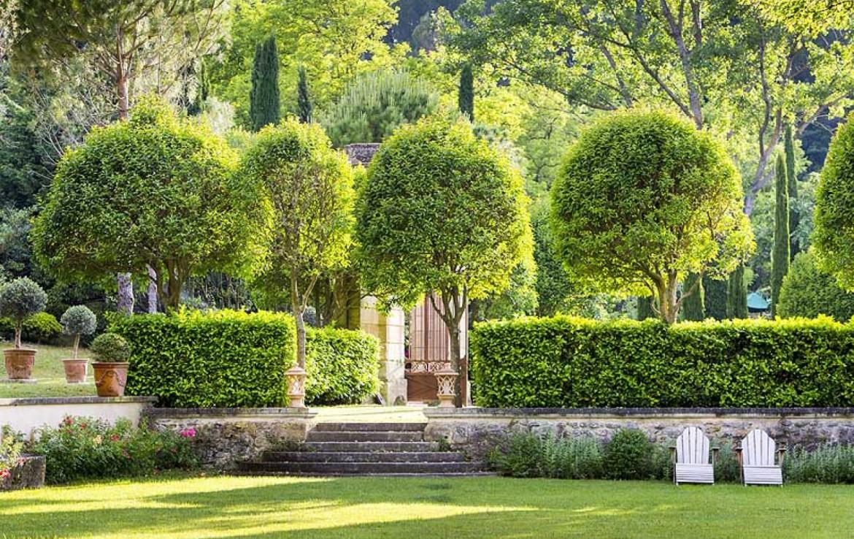 golf-expedition-golf-reizen-frankrijk-regio-provence-chateau-talaud-prachtige-tuin.jpg