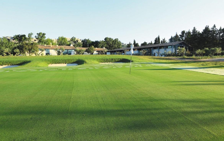 golf-expedition-golf-reizen-frankrijk-regio-provence-domaine-de-manville-villa-golfbaan-green.jpg