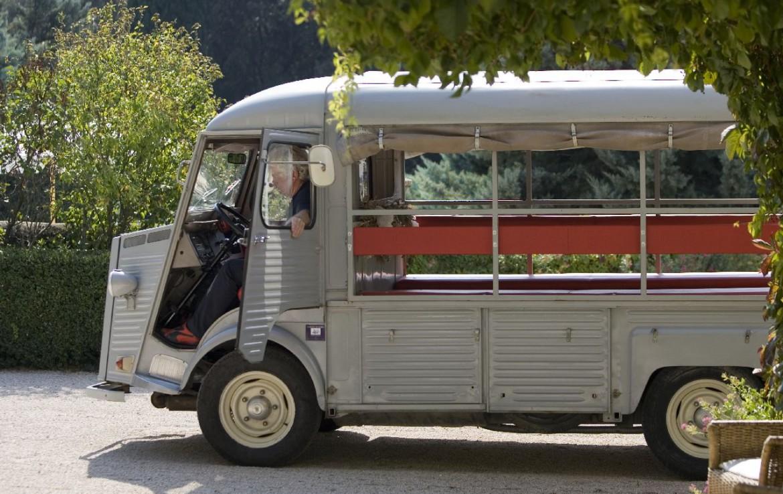 golf-expedition-golf-reizen-frankrijk-regio-provence-domaine-les-serres-taxi.jpg