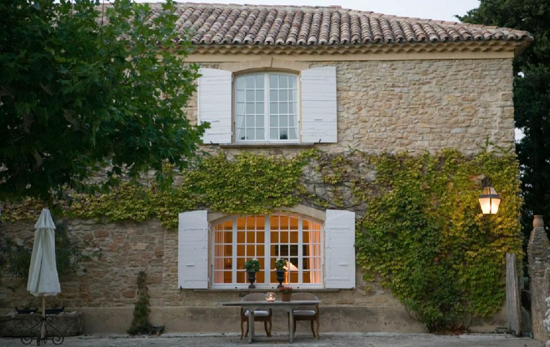 golf-expedition-golf-reizen-frankrijk-regio-provence-domaine-les-serres-terras-zijkant-gebouw.jpg