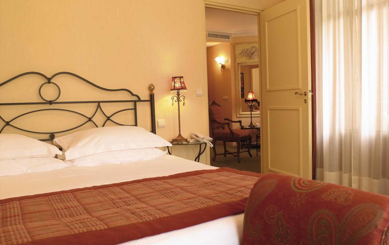 golf-expedition-golf-reizen-frankrijk-regio-rhone-alpes-cottage-bise-slaapkamer.jpg