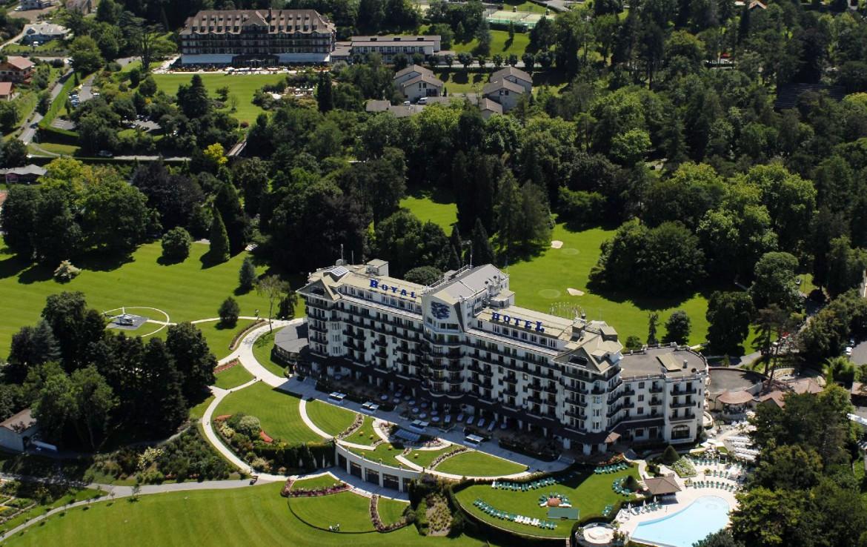 golf-expedition-golf-reizen-frankrijk-regio-rhone-alpes-evian-royal-resort-drone-overzicht-accommodatie.jpg