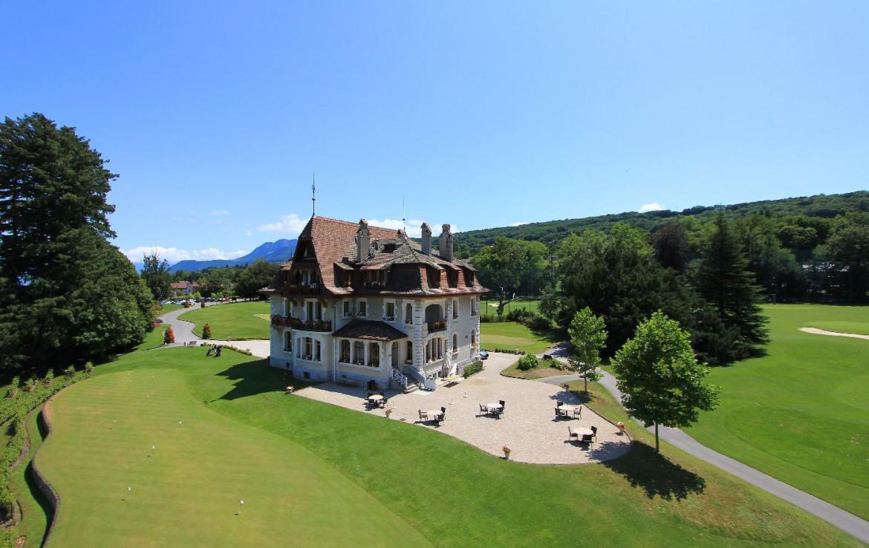 golf-expedition-golf-reizen-frankrijk-regio-rhone-alpes-evian-royal-resort-golfbaan-golf-academie.jpg