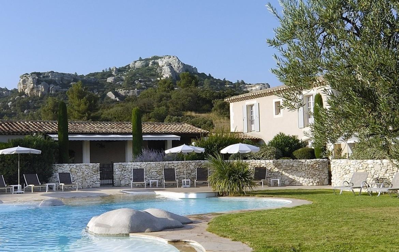 golf-expedition-golf-reizen-regio-provence-Mas-De-L'Ouilivé-zwembad-bij-resort