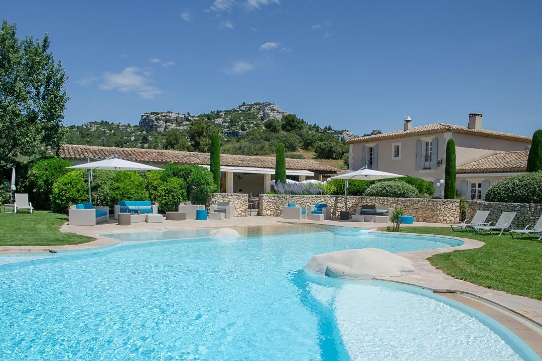 golf-expedition-golf-reizen-regio-provence-Mas-De-L'Ouilivé-zwembad