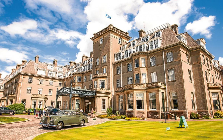 golf-expedition-golf-reizen-schotland-regio-edinburgh-gleneagles-golf-resort-entree-vooruitzicht.jpg