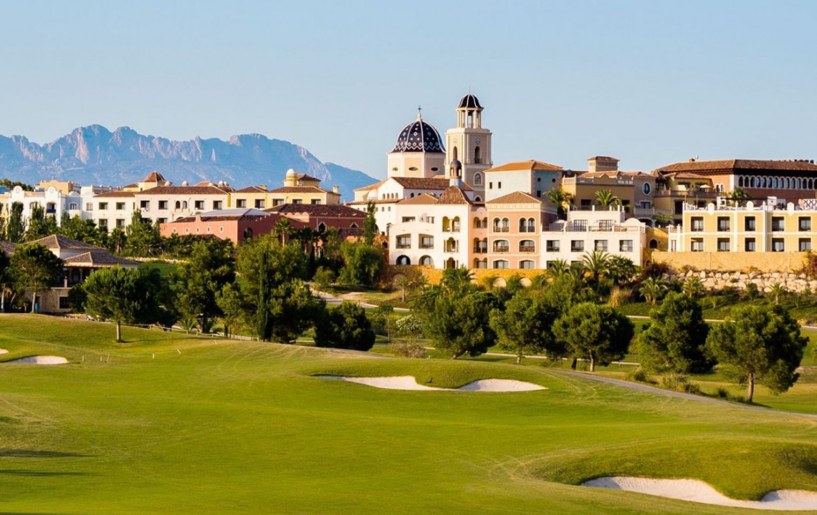 golf-expedition-golf-reizen-spanje-regio-alicante-melia-villaitana-golf-resort-resort-met-golfbaan.jpg